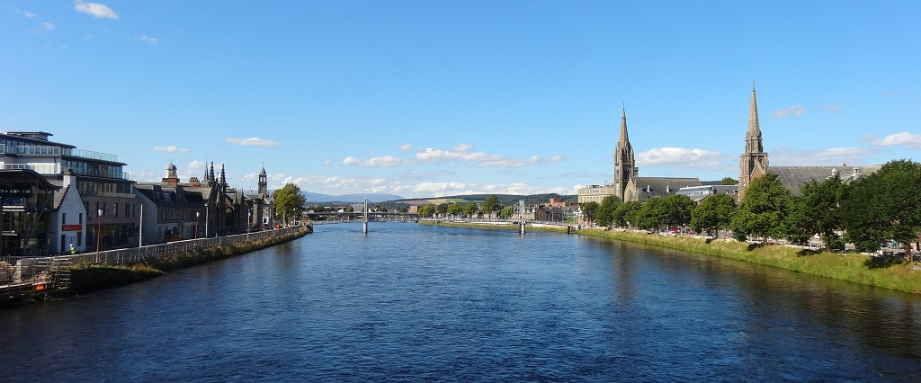 inverness-640590_1920.jpg